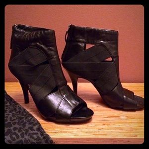 Nine West Open Toe Black Stiletto Bootie